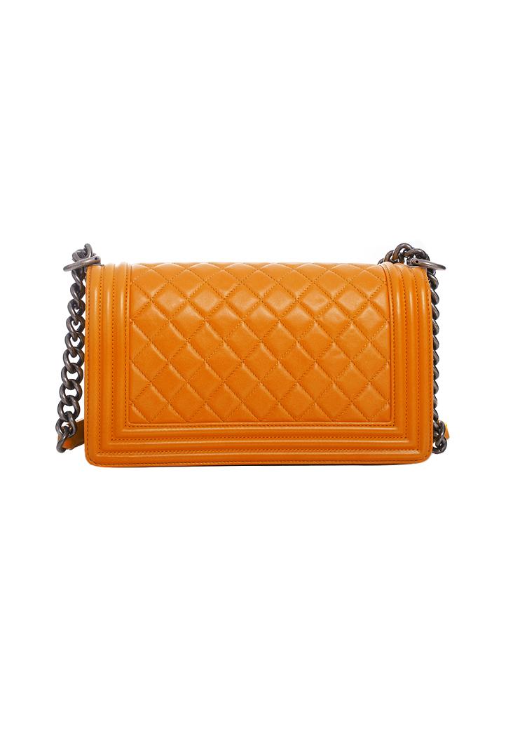 Оранжевая сумка Chanel Boy - магазин